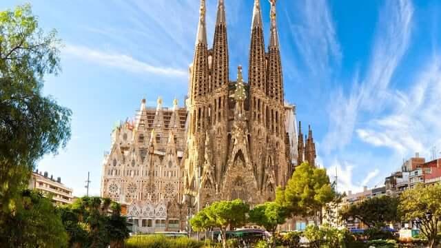 Igreja Sagrada Família de Gaudí em Barcelona