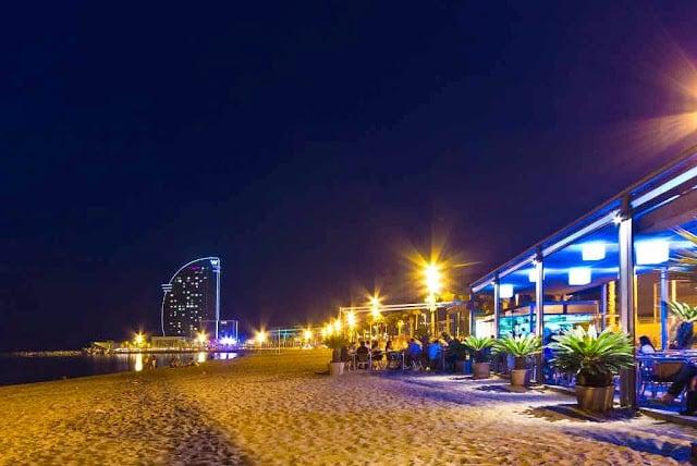 Bares na praia de Barcelona - Barceloneta