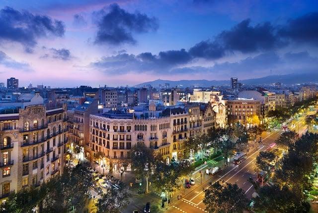 Hotéis Bons e Baratos em Barcelona