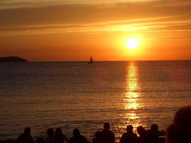 Ver o pôr-do-Sol em Sant Antoni