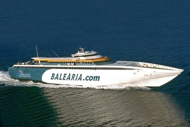 Ferry de Barcelona até Ibiza