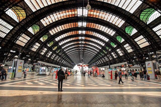 Viagem de trem de Barcelona a Milão