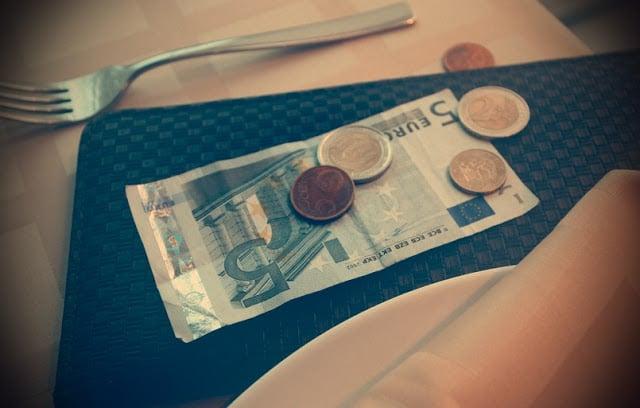 Dinheiro em espécie para gorjeta