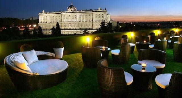 Bar romântico em Madri
