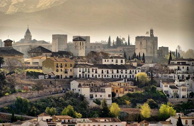 Pontos turísticos em Granada