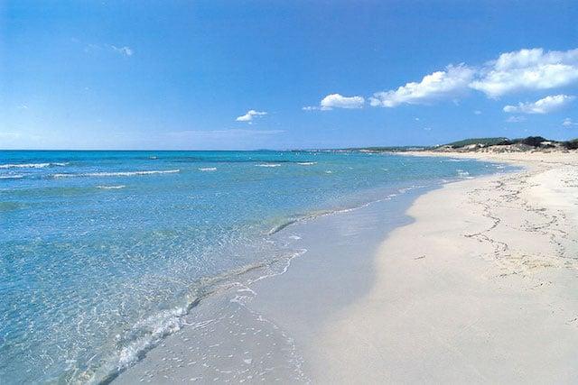 Praia Son Bou em Menorca