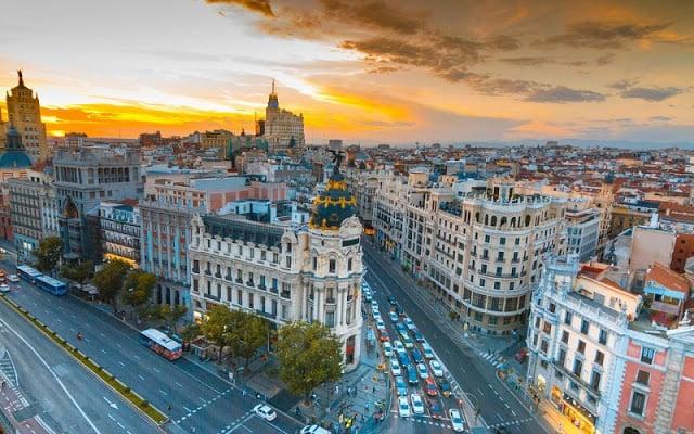 10 Praças lindas em Barcelona