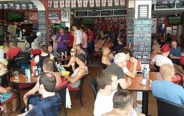 Bar JJ's Sports Lounge em Maiorca