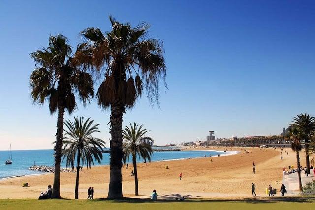 Praia Nova Icària em Barcelona