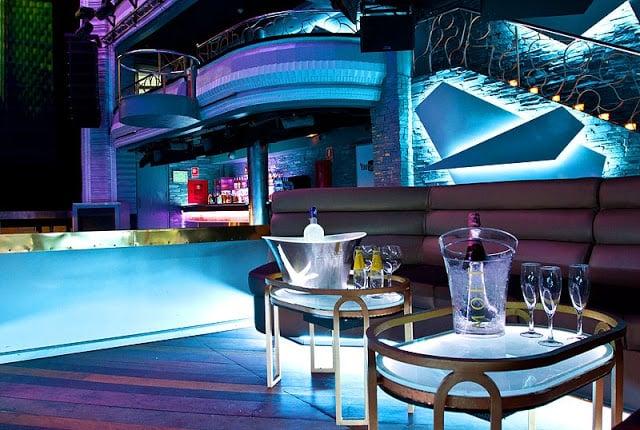 Cocktail Bar Teatro Kapital em Madri