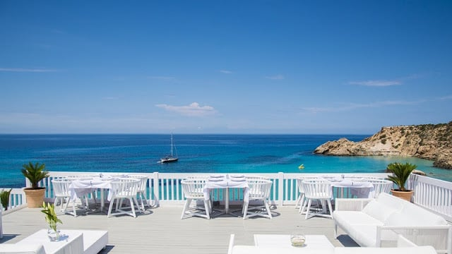 Cotton Beach Club em Cala Tarida