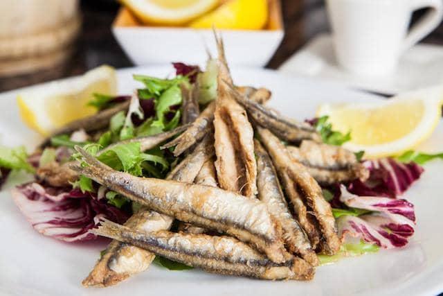 Comidas, refeições e restaurantes em Málaga - peixe frito