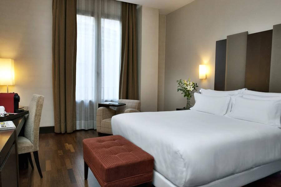 Hotel NH Collection Victoria em Granada - quarto