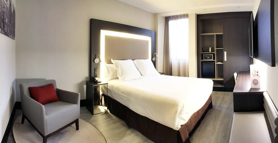 Hotel Novotel Madrid Center - quarto