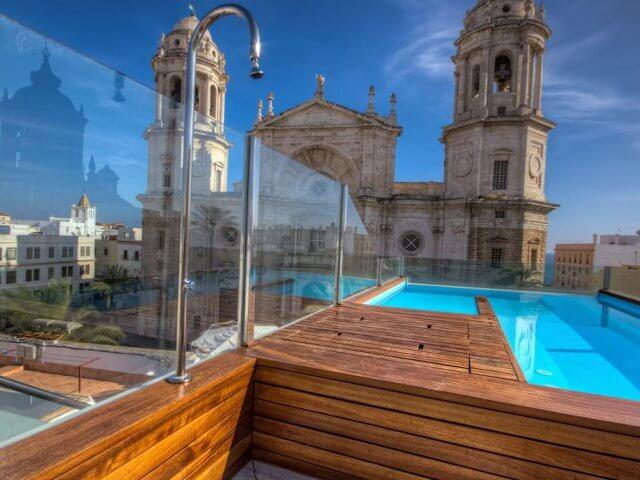 Hotéis bons e baratos em Cádiz