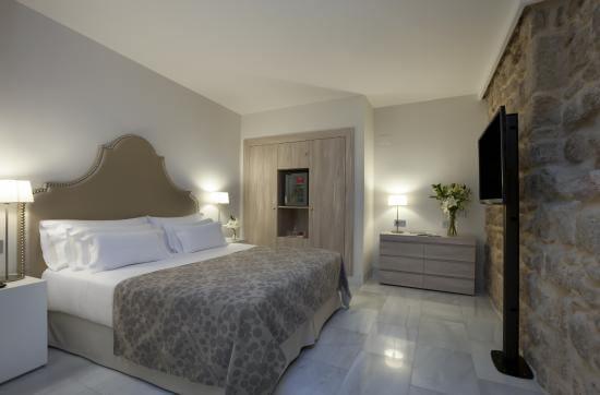 Hotel NH Collection Amistad em Córdoba - quarto