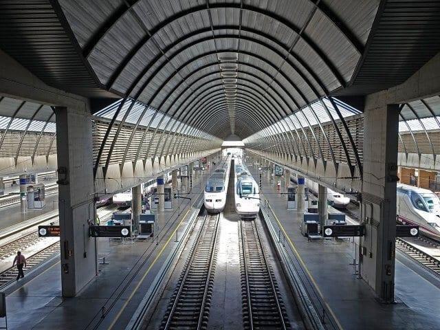 Viagem de trem de Valência a Sevilha