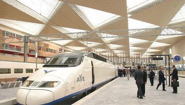 Viagem de trem de Zaragoza a Barcelona