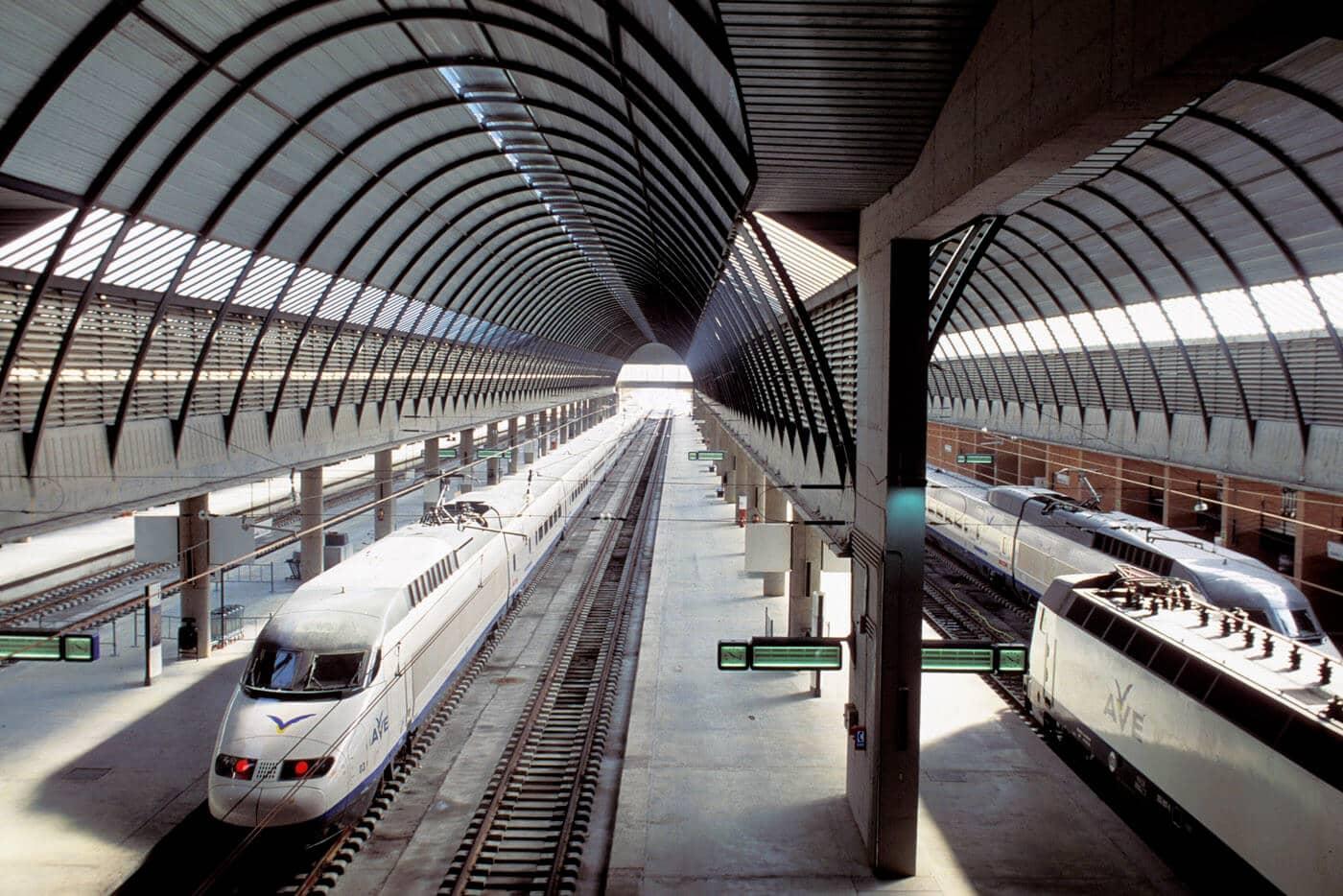 Estação de trem Santa Justa em Sevilha