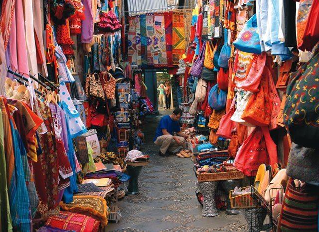 Onde comprar lembrancinhas e souvenirs em Granada