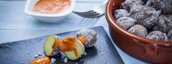 Onde comer em Tenerife - patatas con mojo picón