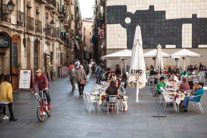 Bares e restaurantes em El Raval em Barcelona