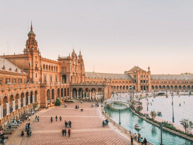 Remessas internacionais para Sevilha
