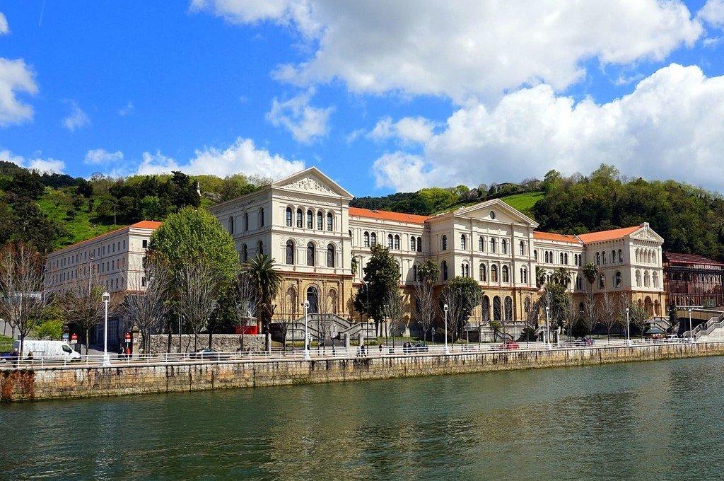 Onde ficar em Bilbao: melhores regiões